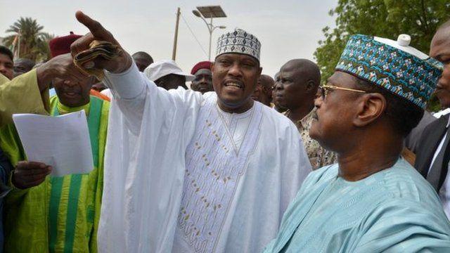 Hama Amadou avuga ko yapfunzwe kugira bamubuze kwiyamamaza