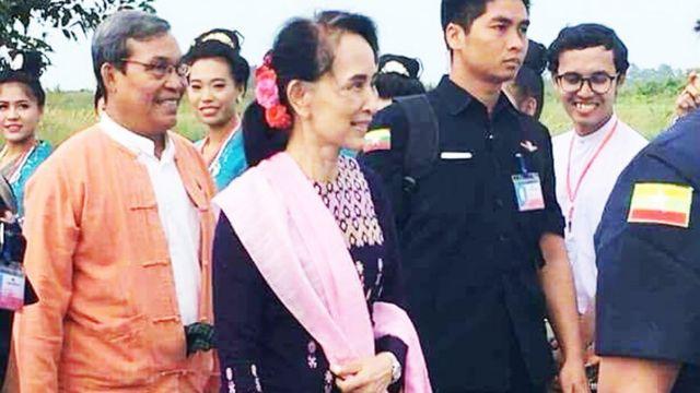 ရခိုင်ပြည်မြောက်ပိုင်းကို ဒေါ်အောင်ဆန်းစုကြည် ရောက်ရှိ