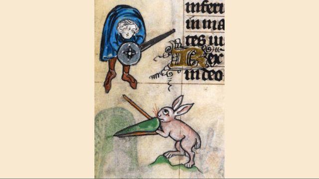 Conejo en pelea con espadas contra caballero