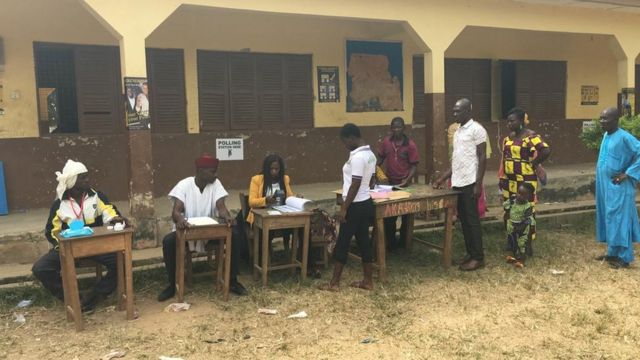 Electoral Commission of Ghana on Friday say dem meet di expectation of 50 percent voter turnout den 80 percent Yes votes in favour of di creation of di new regions.