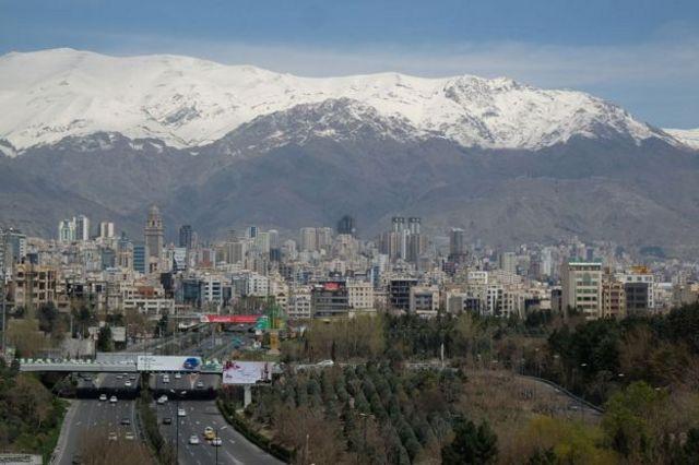 قیمت متوسط هر متر مربع واحد مسکونی معامله شده در تهران در شهریور ماه به طور متوسط حدود ۱۲ میلیون و ۶۶۸ هزار تومان اعلام شده است.