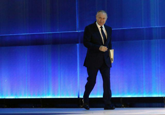 Показав Заходу кулак: ІноЗМІ про промову Путіна