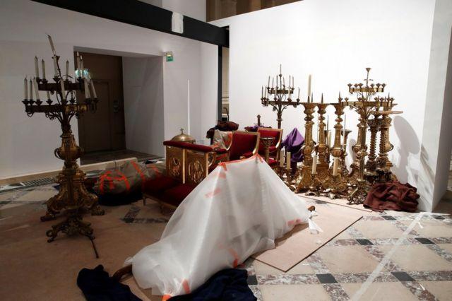 Вывезенные из собора святыни
