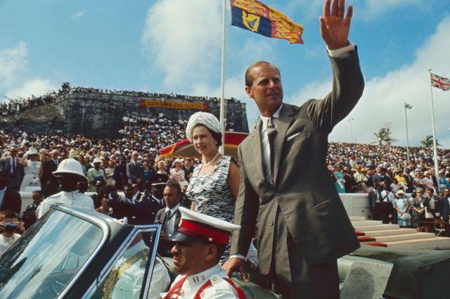 สมเด็จพระราชินีนาถเอลิซาเบธที่สอง และเจ้าชายฟิลิป ที่บาฮามาส ก.พ. 1966
