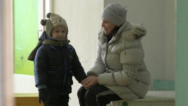 Артем з мамою