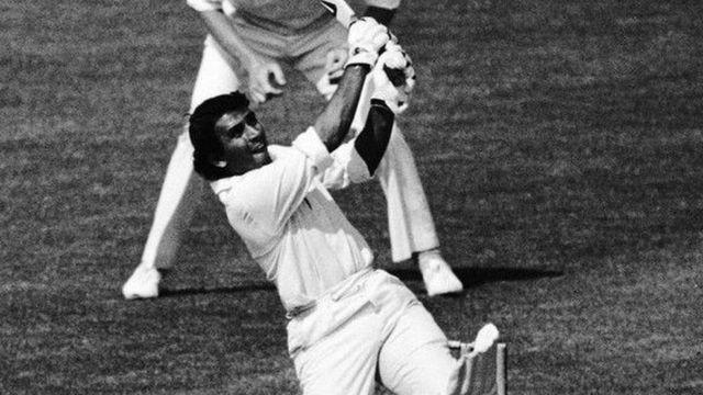 भारतीय टीम गुरुवार से न्यूज़ीलैंड के खिलाफ अपना 500 वां टेस्ट मैच खेलेगी. हिंदुस्तान टाइम्स ने ऑल टाइम टेस्ट इलेवन का कप्तान सुनील गावस्कर को चुना है.