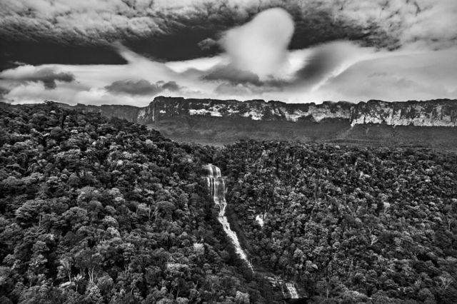 آبشار رود کوتینگو، ایالت رورایما، سال ۲۰۱۸