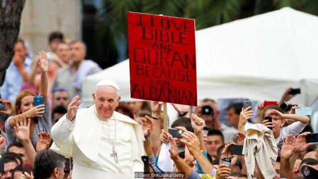Albania, Islam, Kristen, toleransi agama