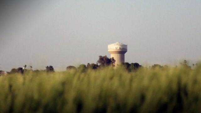 La torre de agua que es un símbolo en el pueblo de Yuma.