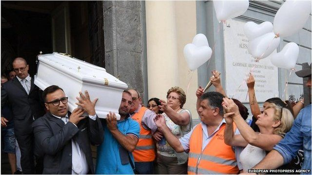 Coffin of Tiziana Cantone