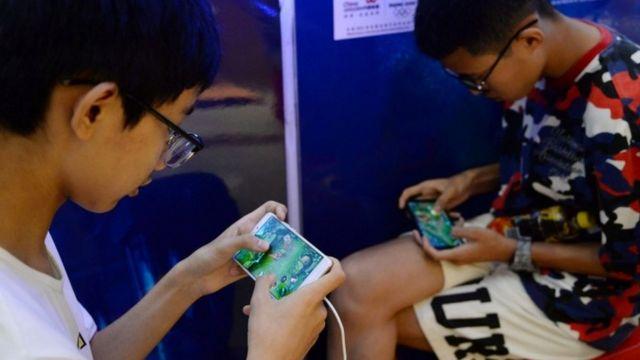 廣受兒童玩家歡迎的《王者榮耀》成為中國收入最高的手機遊戲。