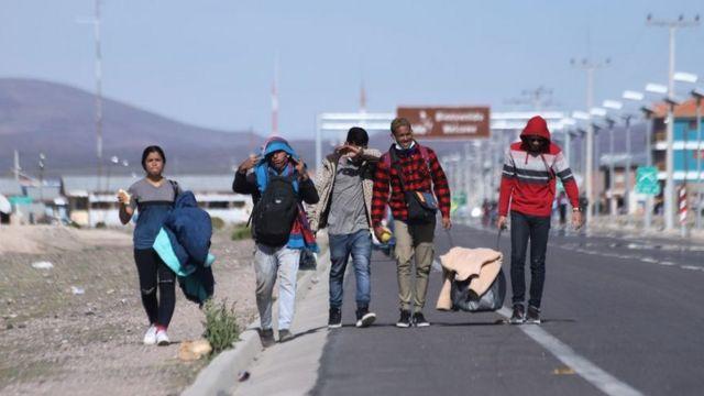 Extranjeros entran a Chile