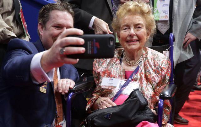 Phyllis Schlafly en la Convención Nacional Republicana en Cleveland, el 19 de julio de 2016.