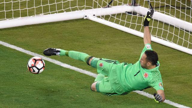 David Ospina fue el héroe para Colombia.
