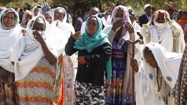 ينظم أهالي تيغراي احتجاجا على الحكومة بشأن حالة توزيع المواد الغذائية والوضع الحالي في الإقليم