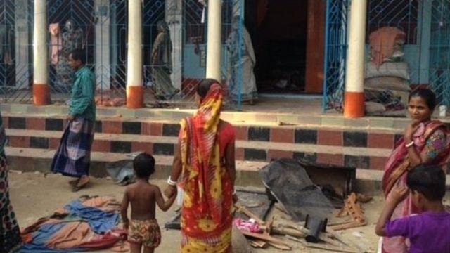 ব্রাহ্মণবাড়িয়ায় সাম্প্রতিক হামলায় ক্ষতিগ্রস্থ একটি হিন্দুবাড়ি