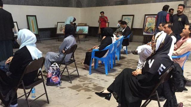 شماری از هنرمندان هراتی معتقدند که ثبت این هنرها به نام میراثهای هنری کشورهای دیگر بدون حضور افغانستان در فهرست میراث داران این هنرها میتواند از یکسو به تاریخ هنری هرات صدمه بزند و از سوی دیگر روحیه هنرمندان معاصر را نیز متاثر خواهد کرد.