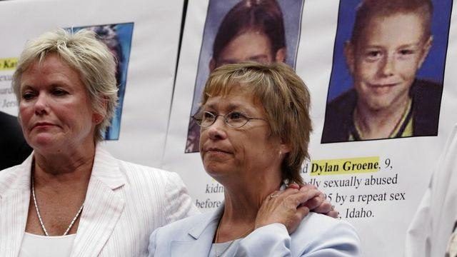 Patty Wetterling participa de ato em defesa de crianças e adolescentes