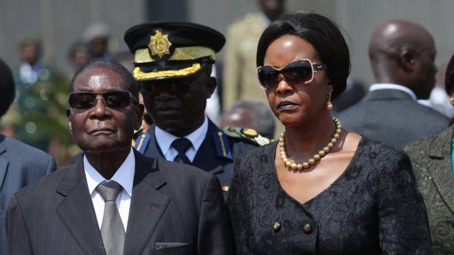 موگابه و همسرش