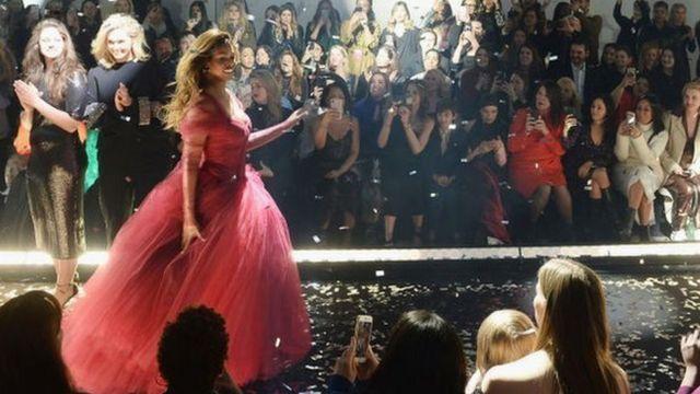 New York fashion show Feb 2019. 11 Honore show
