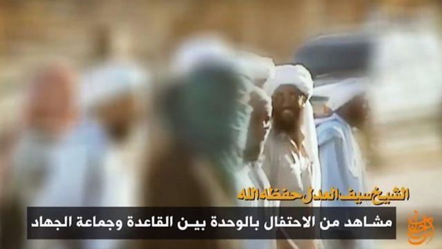 یک ویدیوی القاعده، سیف العدل را در هنگام برگزاری جشن در سال ۲۰۰۱ نشان می دهد