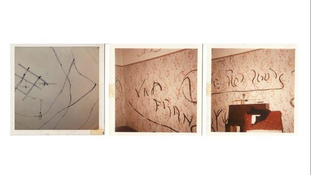 Garabatos en las paredes del número 63 de Wycliffe Road, supuestamente hechos por el poltergeist.