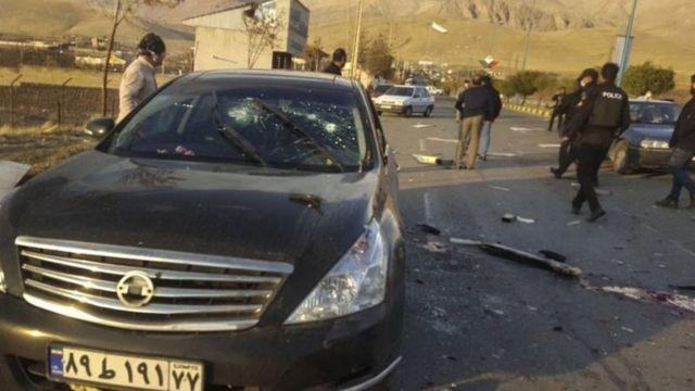 محسن فخریزاده، رئیس سازمان پژوهش و نوآوری وزارت دفاع ایران بعد از ظهر روز گذشته ۷ آذر، در یکی از خیابانهای آبسرد در نزدیکی شهر تهران ترور شد