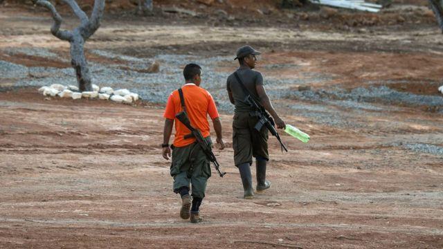 Guerrilleros de las FARC en la zona transitoria de normalización de San José del Oriente, en el departamento del Cesar.