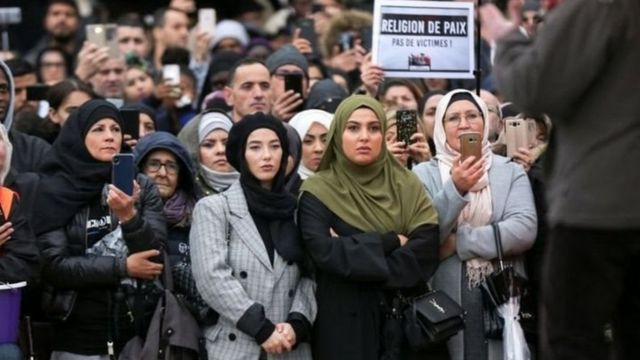 مسلمانان علیه اسلام هراسی در فرانسه تظاهرات کرده اند
