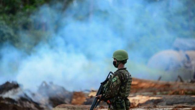Operação de combate ao desmatamento em Rondônia, em março
