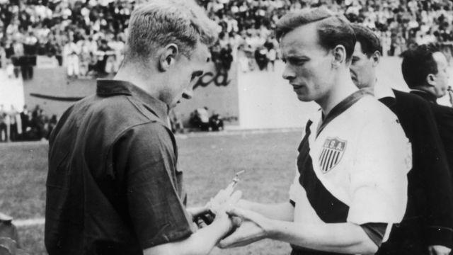 Los capitanes de Inglaterra y Estados Unidos en Brasil 1950.