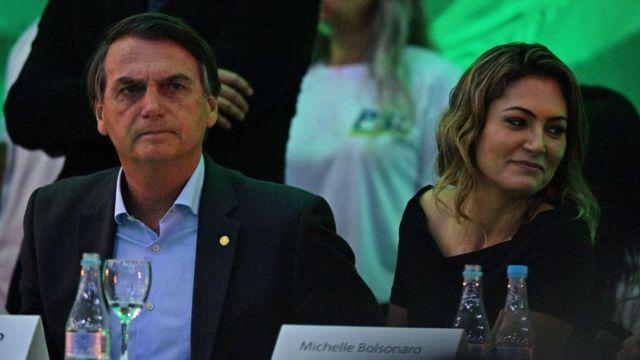 جائير بولسونارو وزوجته ميشيل بولسونارو
