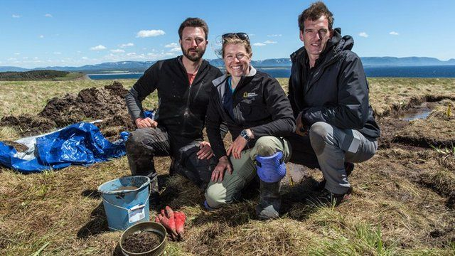 Dan Snow with archaeologists Dr Sarah Parcak and Dr Doug Bolender, excavating in Newfoundland