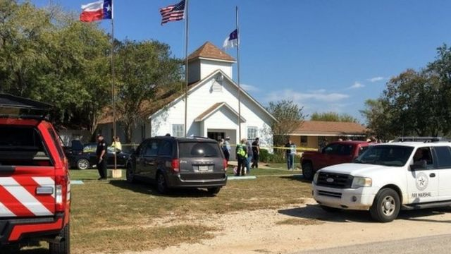 礼拝中に銃撃された教会(5日、米テキサス州サザーランド・スプリングス)