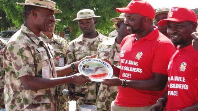 Jagoran rundunar Lafiya Dole, Birgadiya Janar Victor Ezugwu