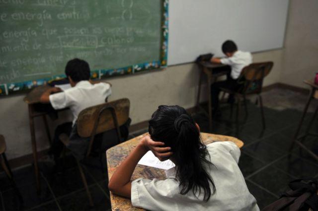 Niños en clase en el barrio de La Carpio, en San José, Costa Rica, el 21 de junio de 2013.
