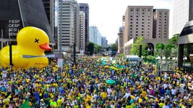 Manifestação na avenida paulista em 2015