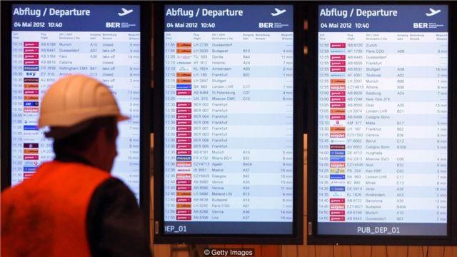 750台显示航班信息的显示器不得不在2018年早些时候全部更换,为此花费了50万欧元。