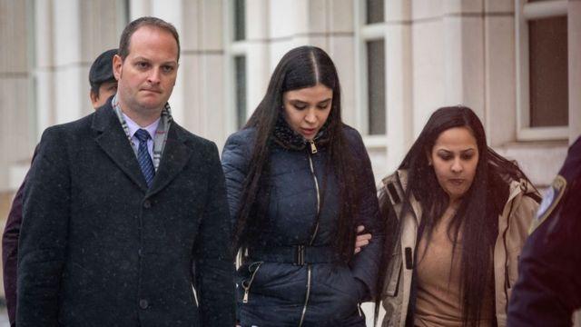 La mujer de El Chapo acude a la corte de Nueva York.