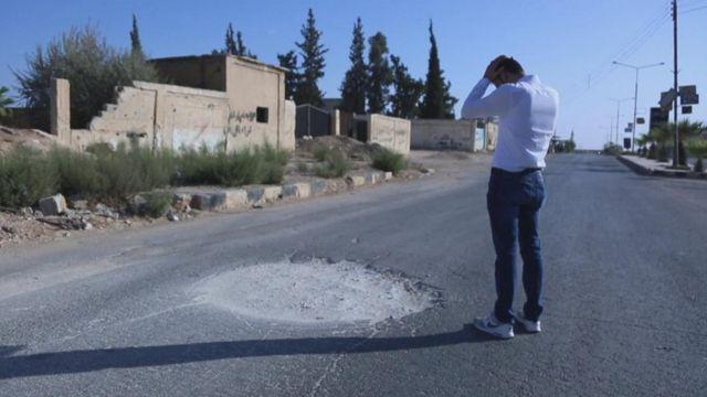 อับดุล ฮามิด ยูเซฟ เสียลูกแฝดวัย 11 เดือน จากการโจมตีด้วยอาวุธเคมี