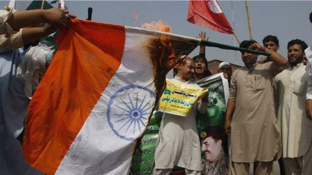 pakistan, an Indian flag, Peshawar