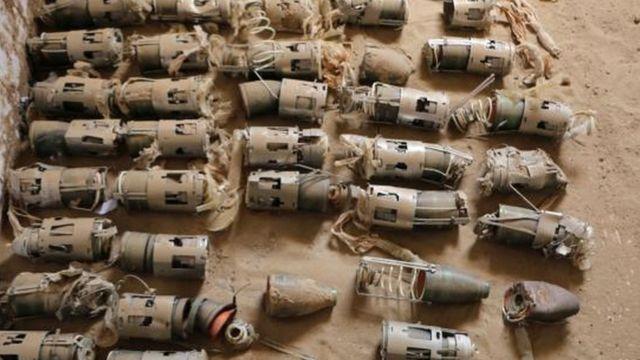 قنبال عنقودية بريطانية الصنع تم جمعها شمال اليمن