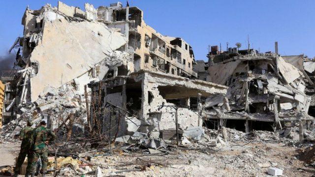 ارتش سوریه حملات شدیدی را از دو ماه پیش برای تصرف کامل حومه دمشق آغاز کرد