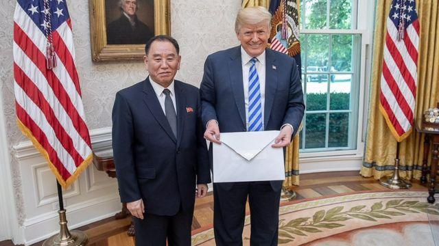 Дональд Трамп принял Ким Ен Чола в Белом доме