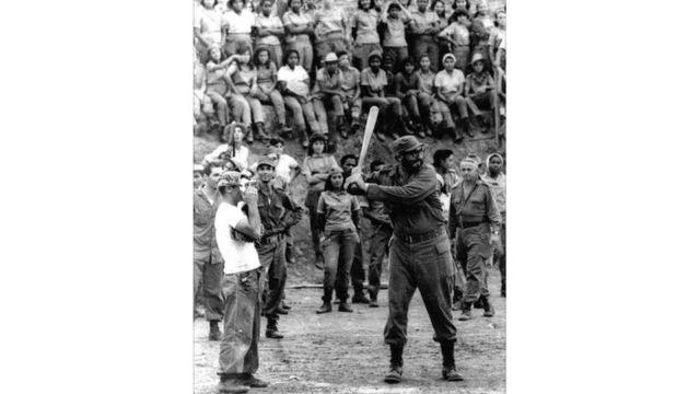 كاسترو والبيسبول