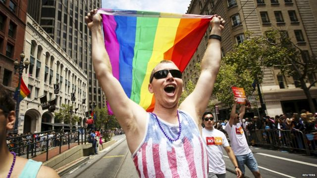 US gay marriage: Texas pushes back against ruling