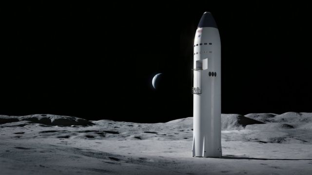 Starship on Moon