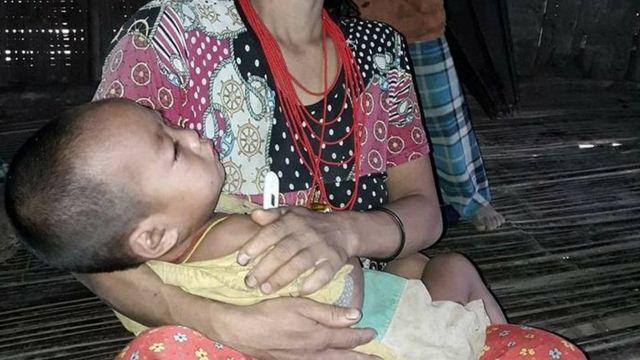 လန်းပန်းကျေးရွာက ဖျားနာနေတဲ့ ကလေးငယ် တဦး