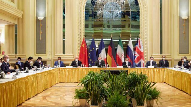 اجتماع لمناقشة التنفيذ الكامل للاتفاق النووي الإيراني وعودة الولايات المتحدة إليه، في فيينا، النمسا في 15 أبريل/نيسان 2021