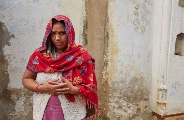 சுஷ்மா வேலைக்கு செல்வது அவரது கணவருக்கு பிடிக்கவில்லை